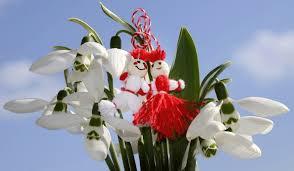 Vă urăm o primăvară fericită și însorită!